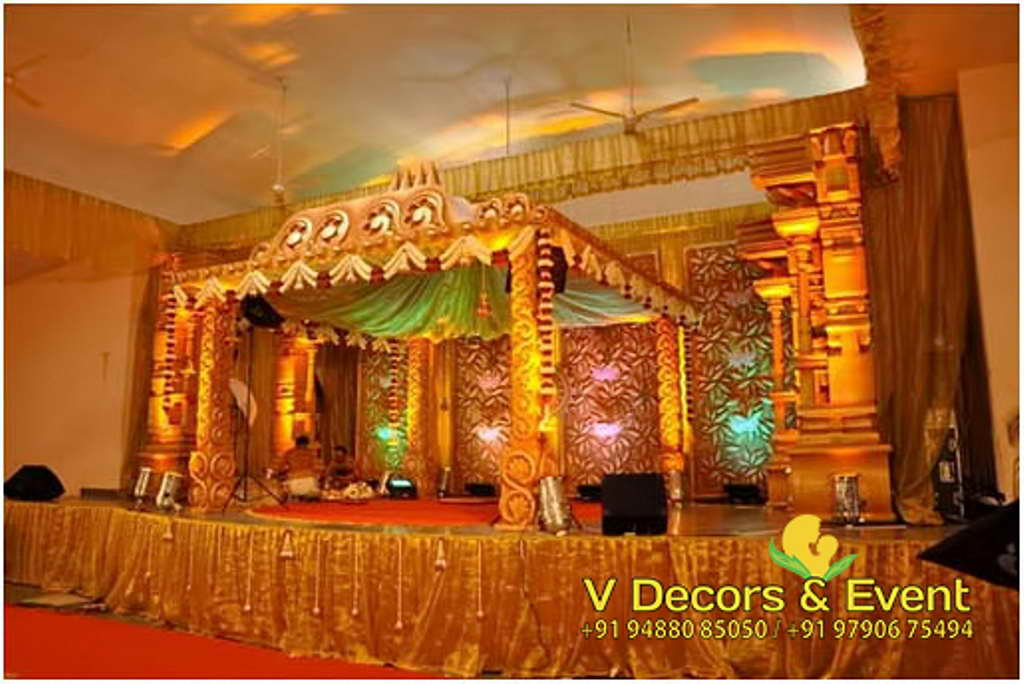 Hindu Traditional Wedding Stage Decoration Photos